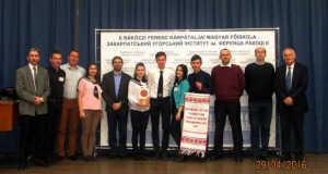 A II. RF KMF Felsőfokú Szakképzési Intézetének csapata és a zsűri