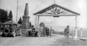A Vereckei-hágó első honfoglalási emlékműve és a magyar-lengyel határátkelő (Fotó: www.beszelamarvany.lapunk.hu)