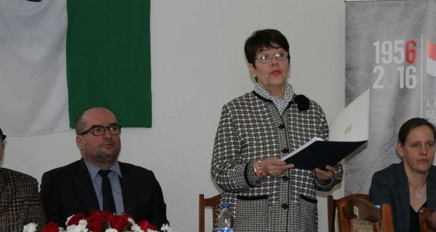 Jánosi Katalin, Nagy Imre egykori miniszterelnök unokája, festő- és gobelinművész