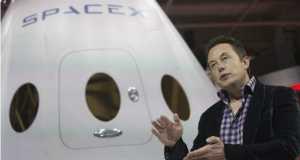Elon Musk, a SpaceX alapítója a Dragon V2 bemutatása után Hawthorne-ban, 2014. május 29-én.