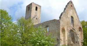 Dejte Árpád-kori templomromja (Fotó: Shutterstock)