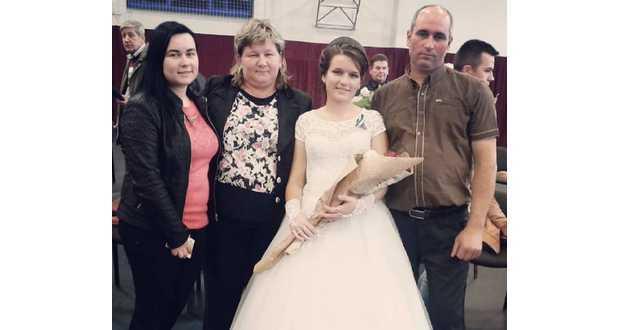 Orosz Valéria a családja körében