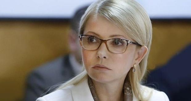 Iulia Timoşenko, în faţa zecilor de mii de protestatari